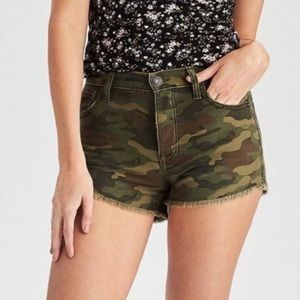AEO High Rise Camo Raw Festival Shorts